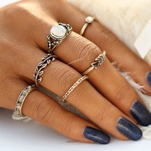 Jewelry - New Gold Stone Ring Set